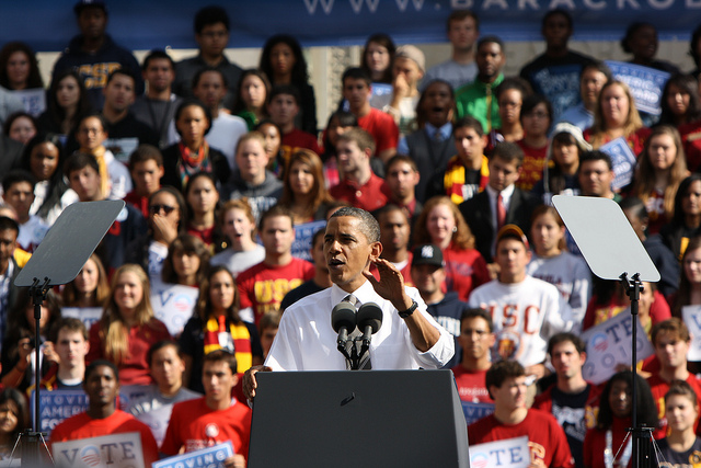 President Obama speaks to college students at the University of Southern California. Photo via Neon Tommy.