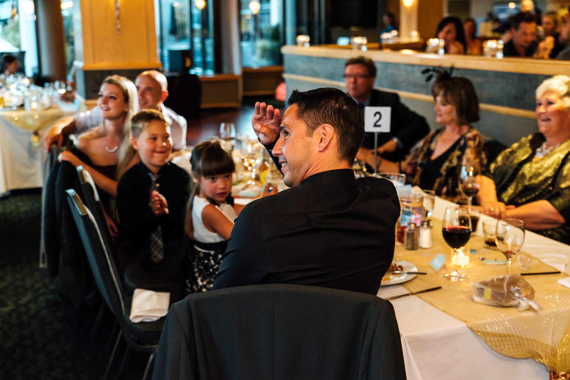 191633hollyburn_country_club_wedding_photographer_reception13.jpg