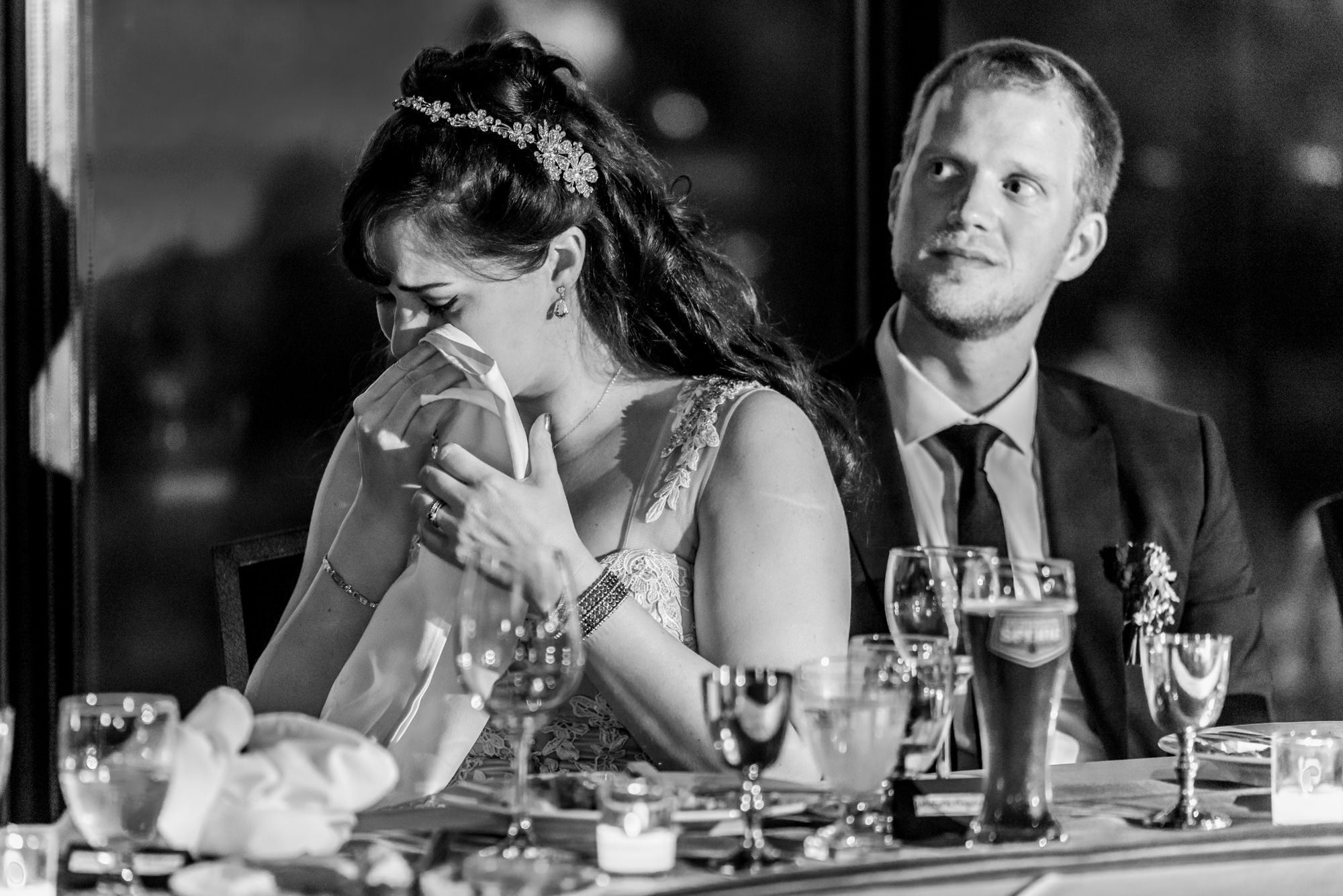 193236hollyburn_country_club_wedding_photographer_reception17.jpg