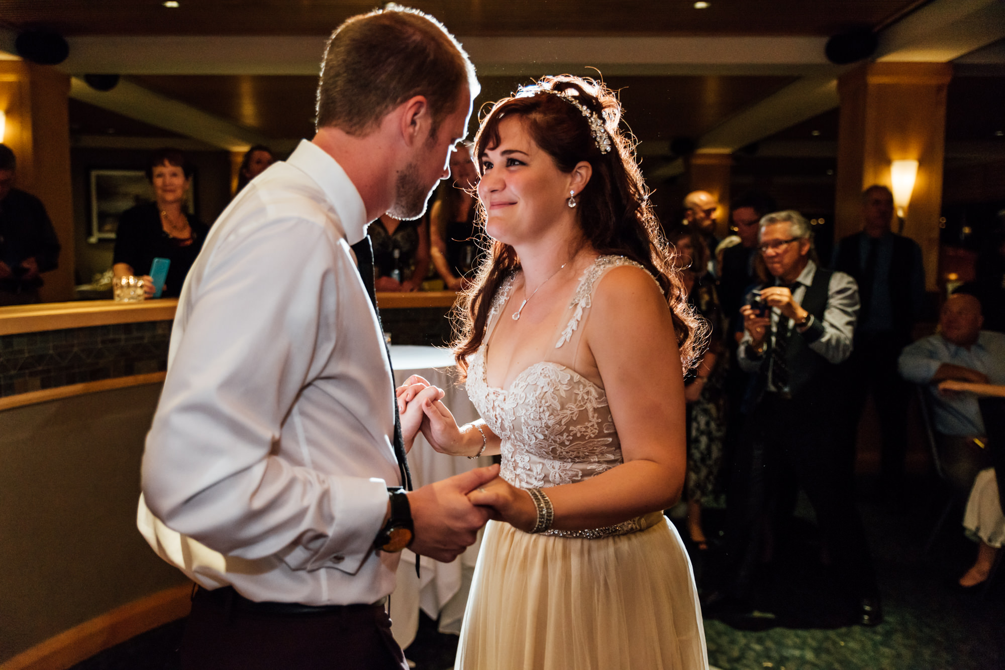 201224hollyburn_country_club_wedding_photographer_reception_north_vancouver_kahophotography8.jpg