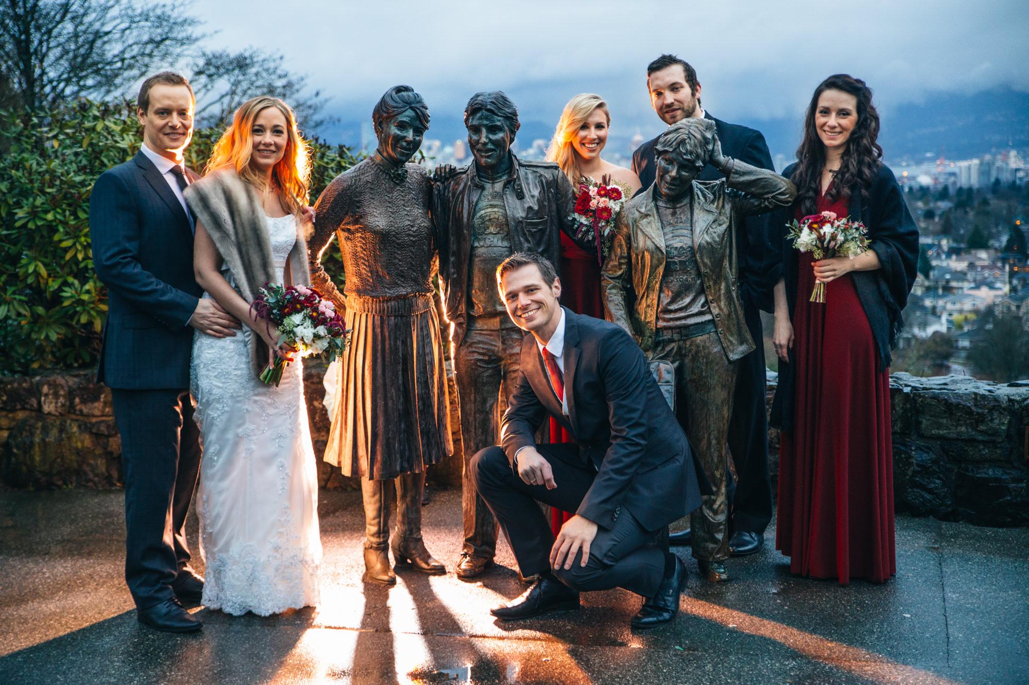 20-queen-elizabeth-park-qepark-wedding-party-statue.jpg