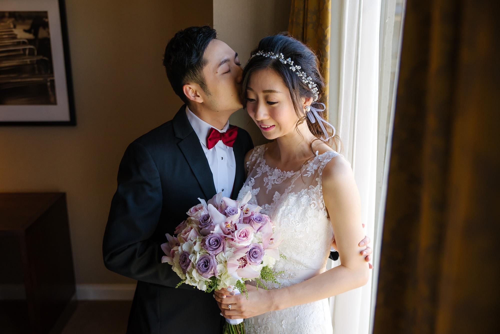 pacific_gateway_hotel_wedding_getting_ready 1439474.jpg