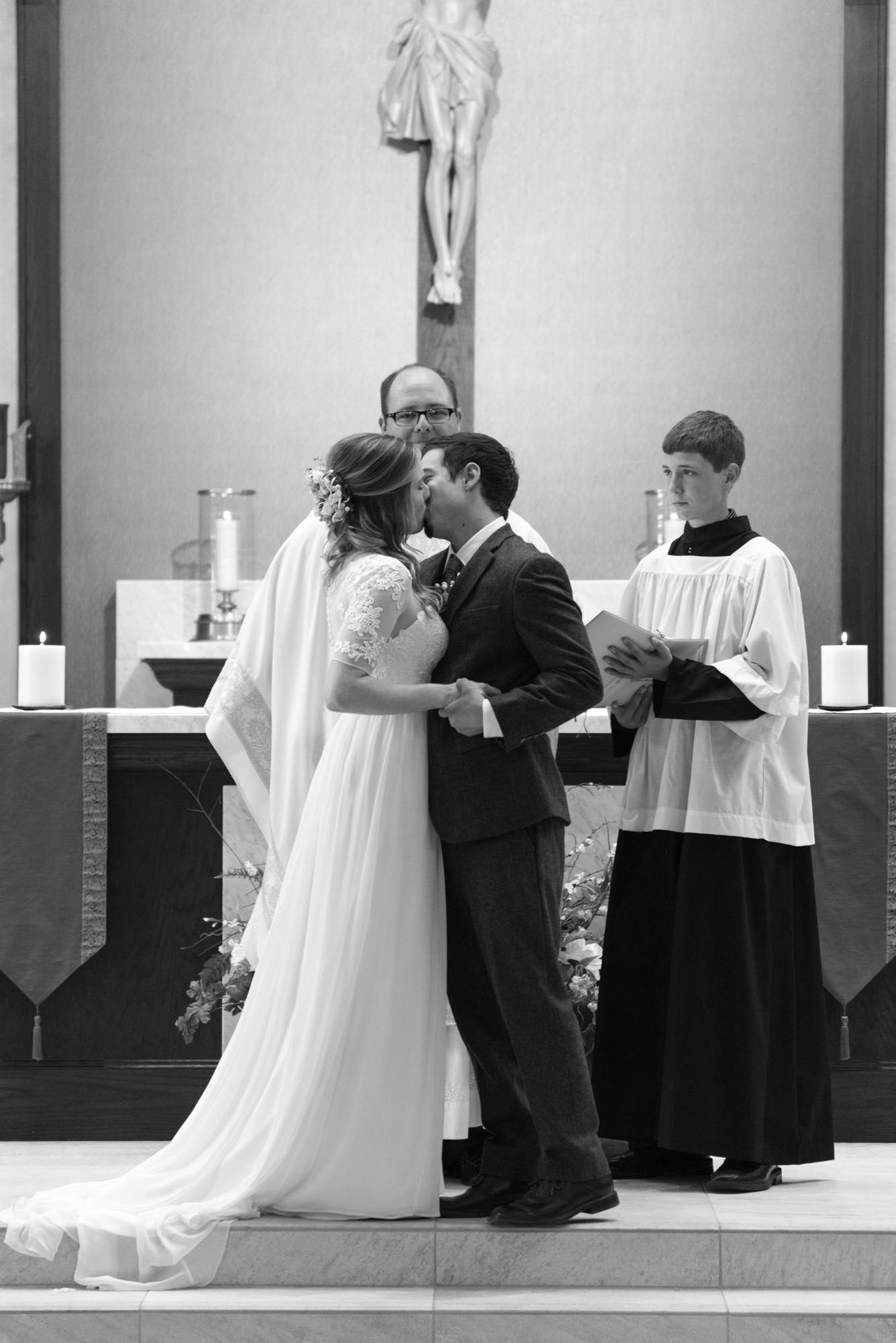 Jordan_and_Chris_Wedding_Web-069.jpg
