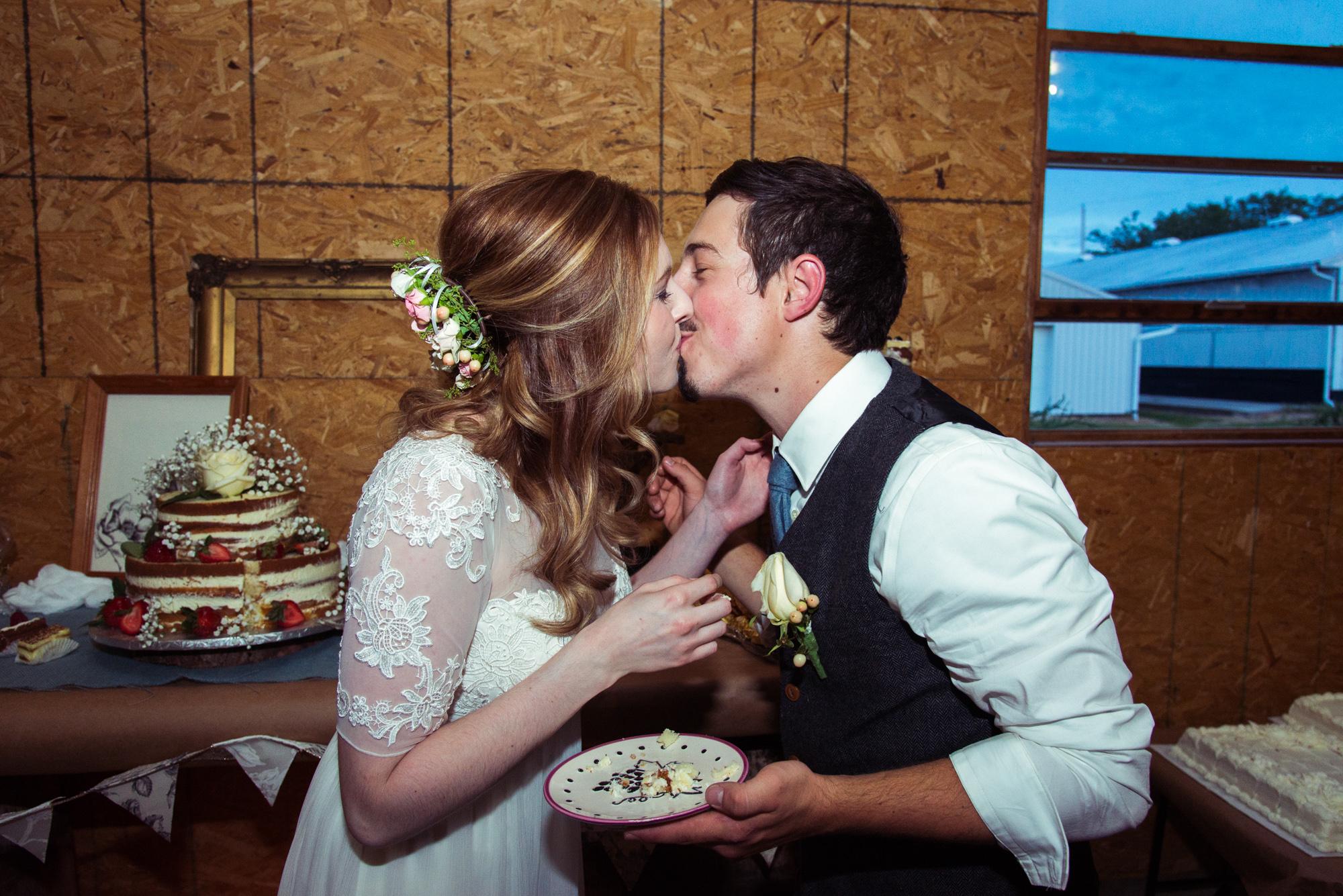 Jordan_and_Chris_Wedding_Web-174.jpg