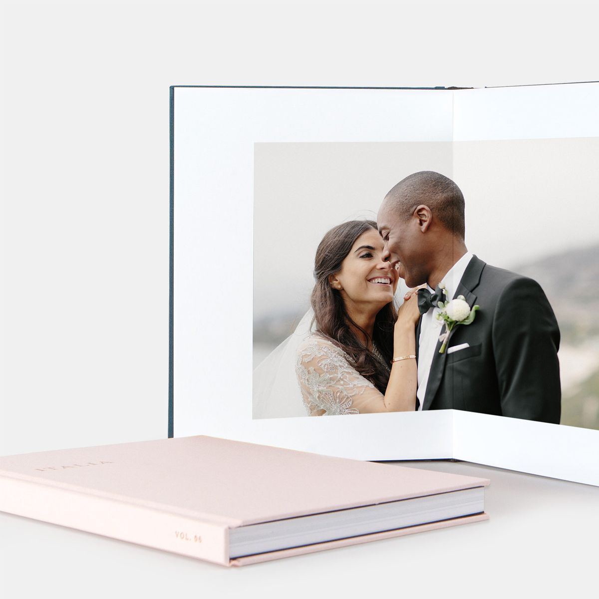 The Photographs - You'll receive your images via an online gallery where you can easily download, share with family & friends, and even order prints & canvases. Your photos will be preserved in a beautifully printed DVD for you to keep & make prints to your heart's desire for years down the road.
