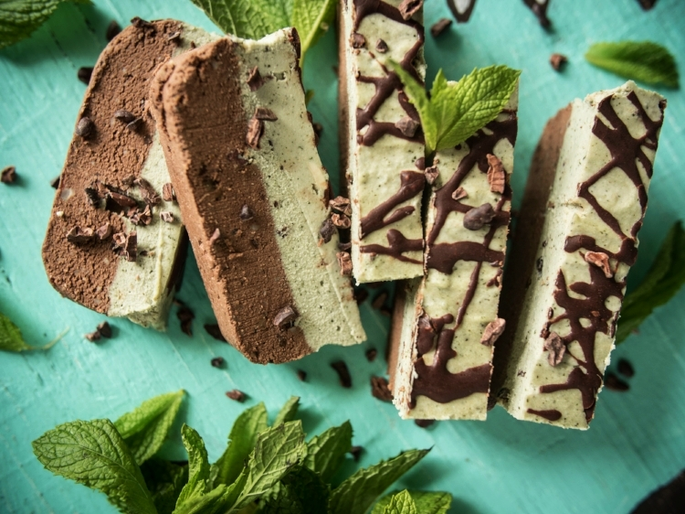 chocolate mint bar1 (1 of 1).jpg