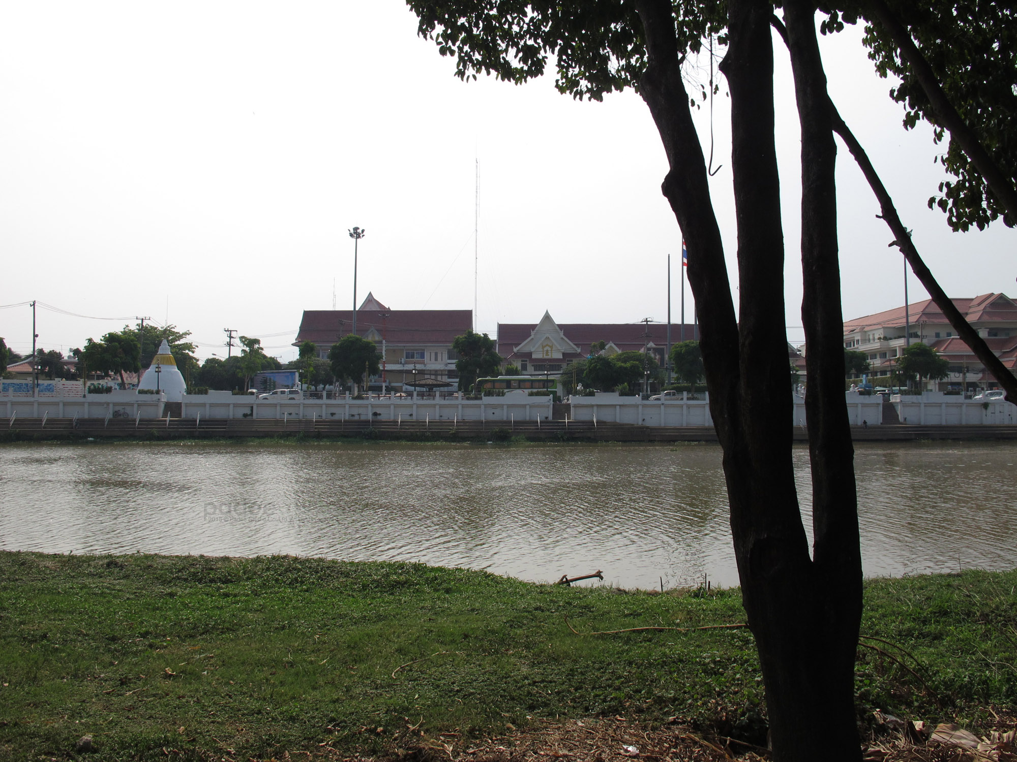 Back : River View