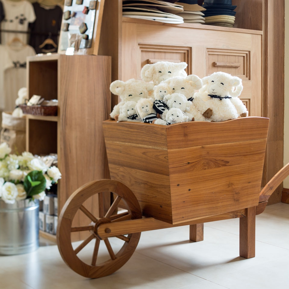 Cart Project : Primo Village : Gift Shop  Location :  KhaoYai : Thailand    Take a visit