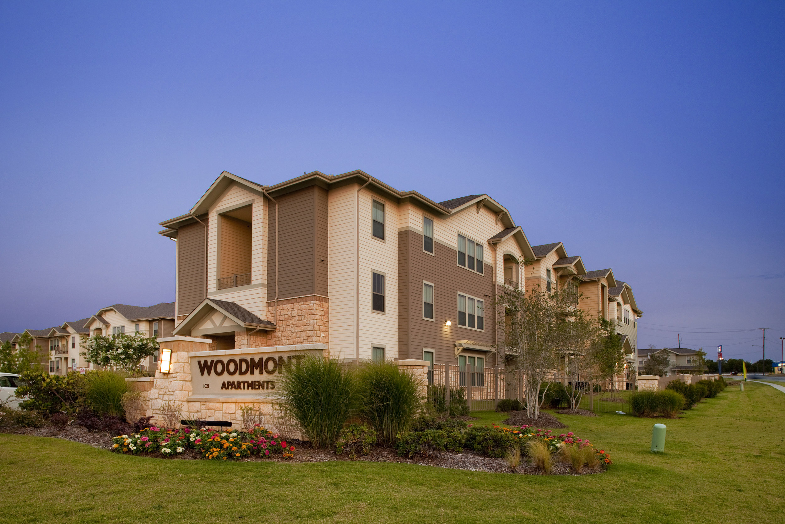Woodmont Apartments | Fort Worth, TX