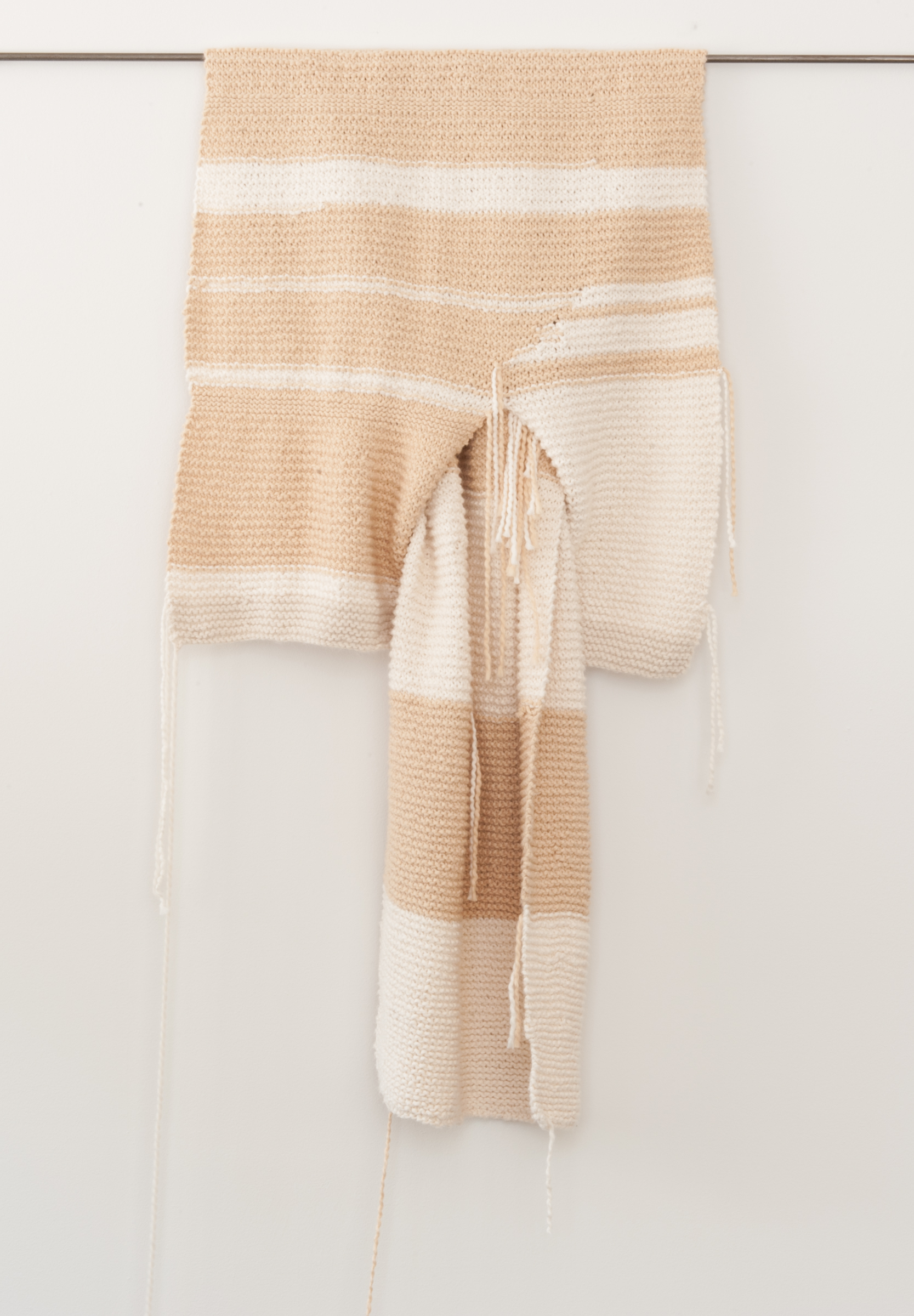 Carol Brady  | 2013  | hand knitted cotton | 50 x 20
