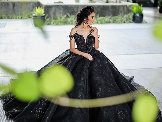 All black everything 👗💫 ******************************************************** Email us at info@sovannaryen.com to arrange a design consultation today to discuss your ideas and make your dream wedding gown a reality. Skype and FaceTime consultation available upon request.