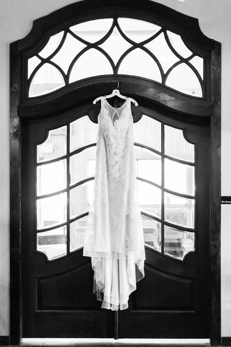 039_Adam+Blaire_WeddingBW-X3.jpg