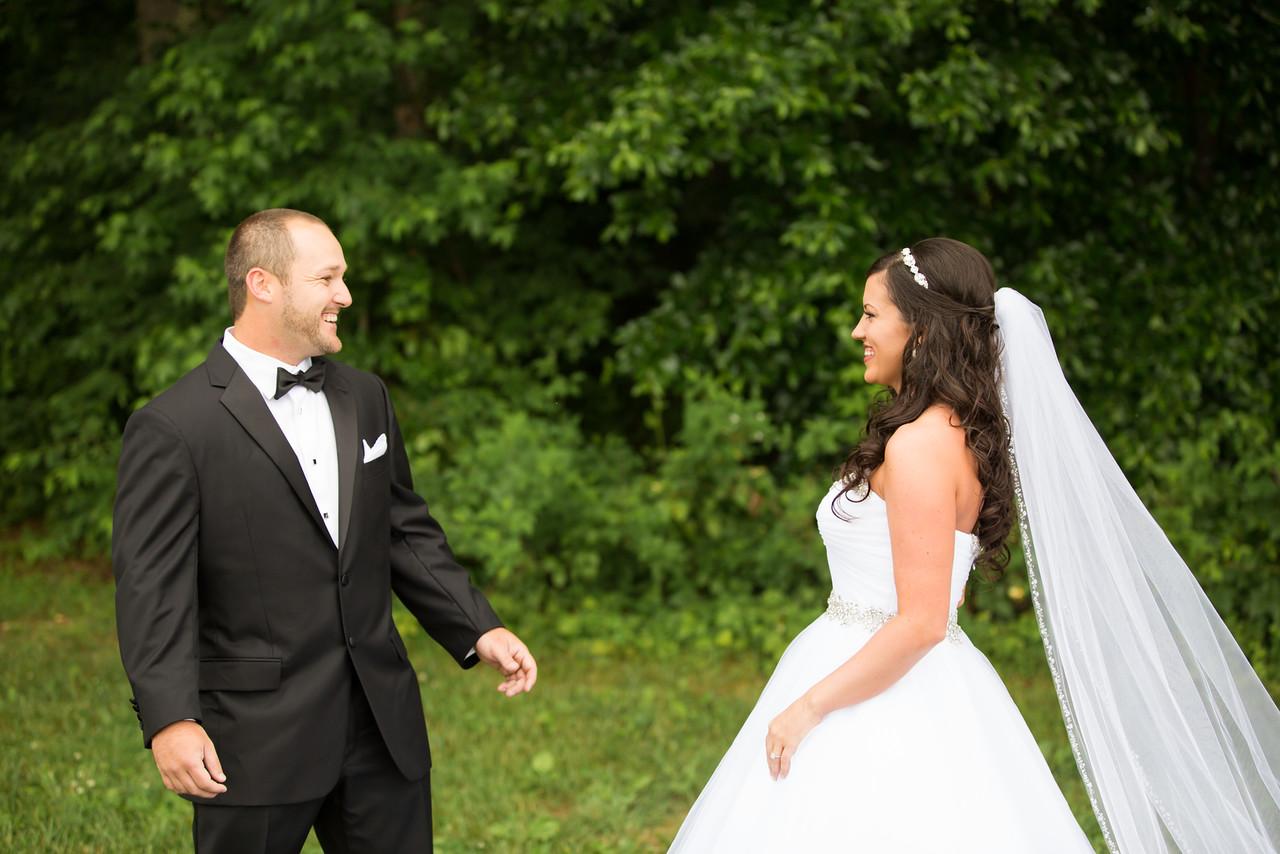 0256_Josh+Lindsey_Wedding-X2.jpg