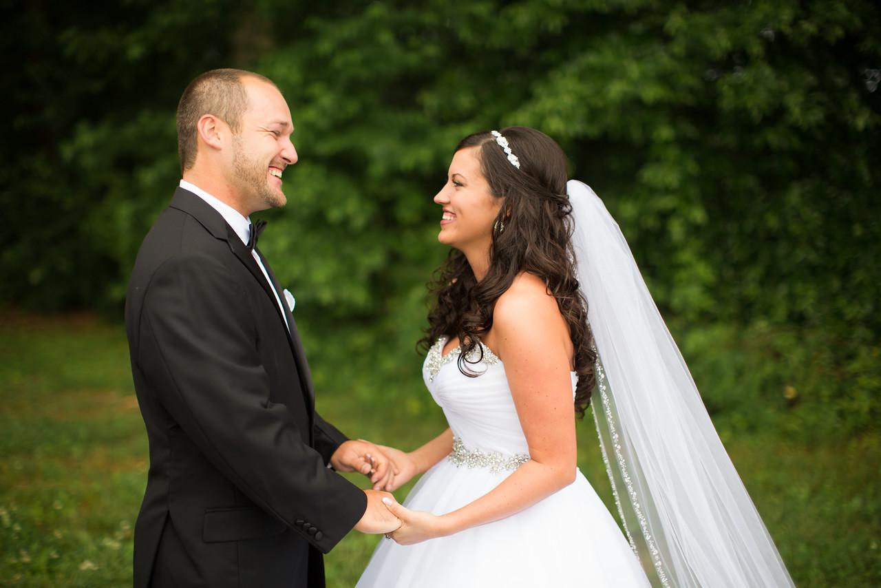0269_Josh+Lindsey_Wedding-X2.jpg