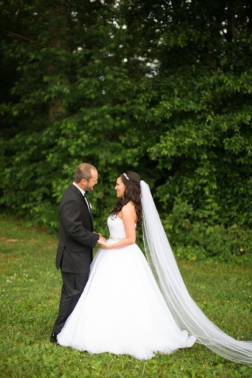 0272_Josh+Lindsey_Wedding-XL.jpg