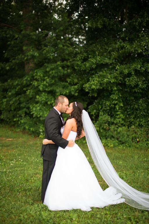 0274_Josh+Lindsey_Wedding-XL.jpg