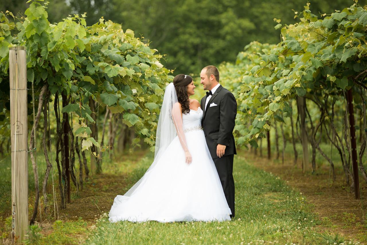 0282_Josh+Lindsey_Wedding-X2.jpg