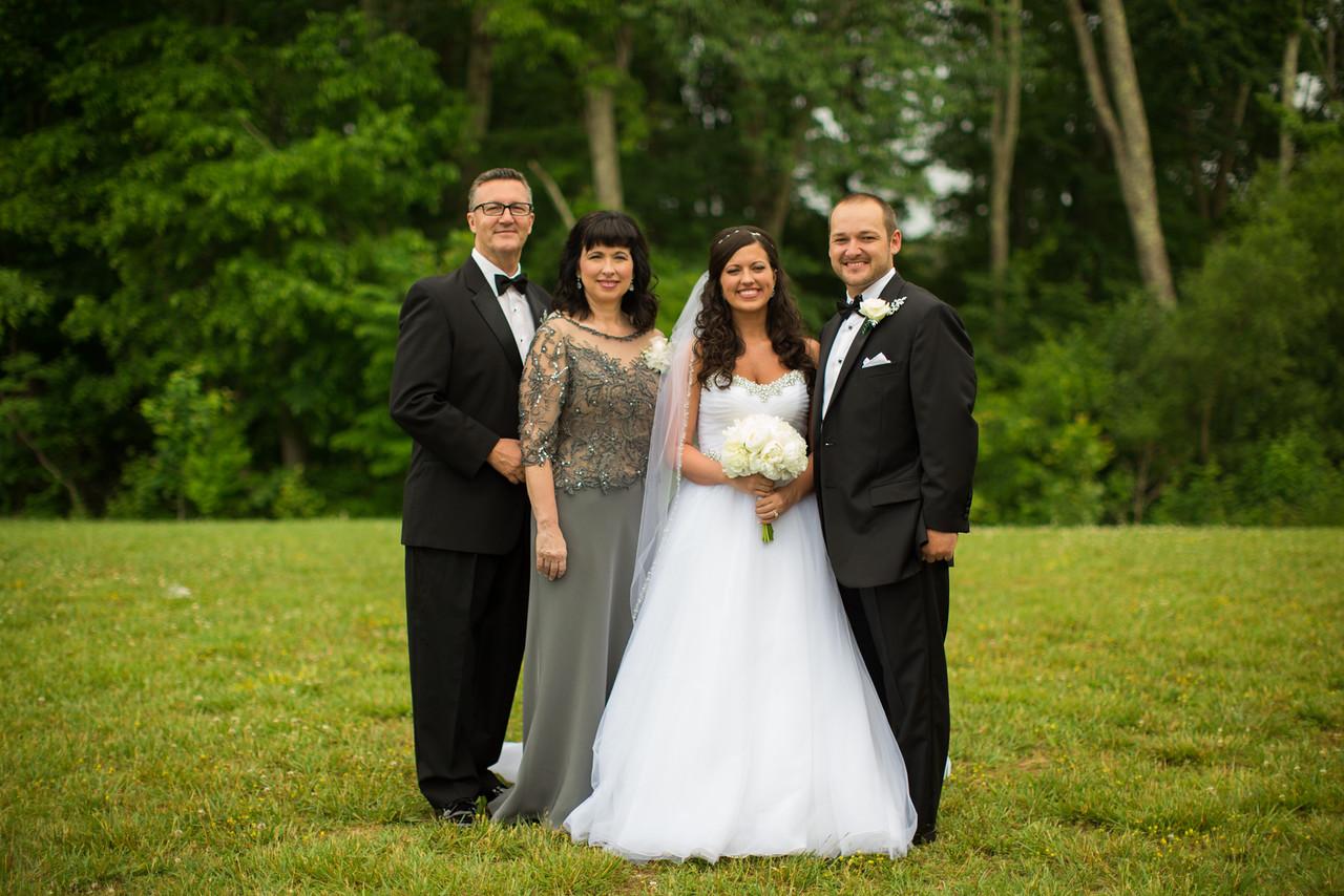 0418_Josh+Lindsey_Wedding-X2.jpg