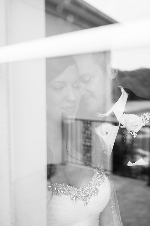 0514_Josh+Lindsey_WeddingBW-XL.jpg