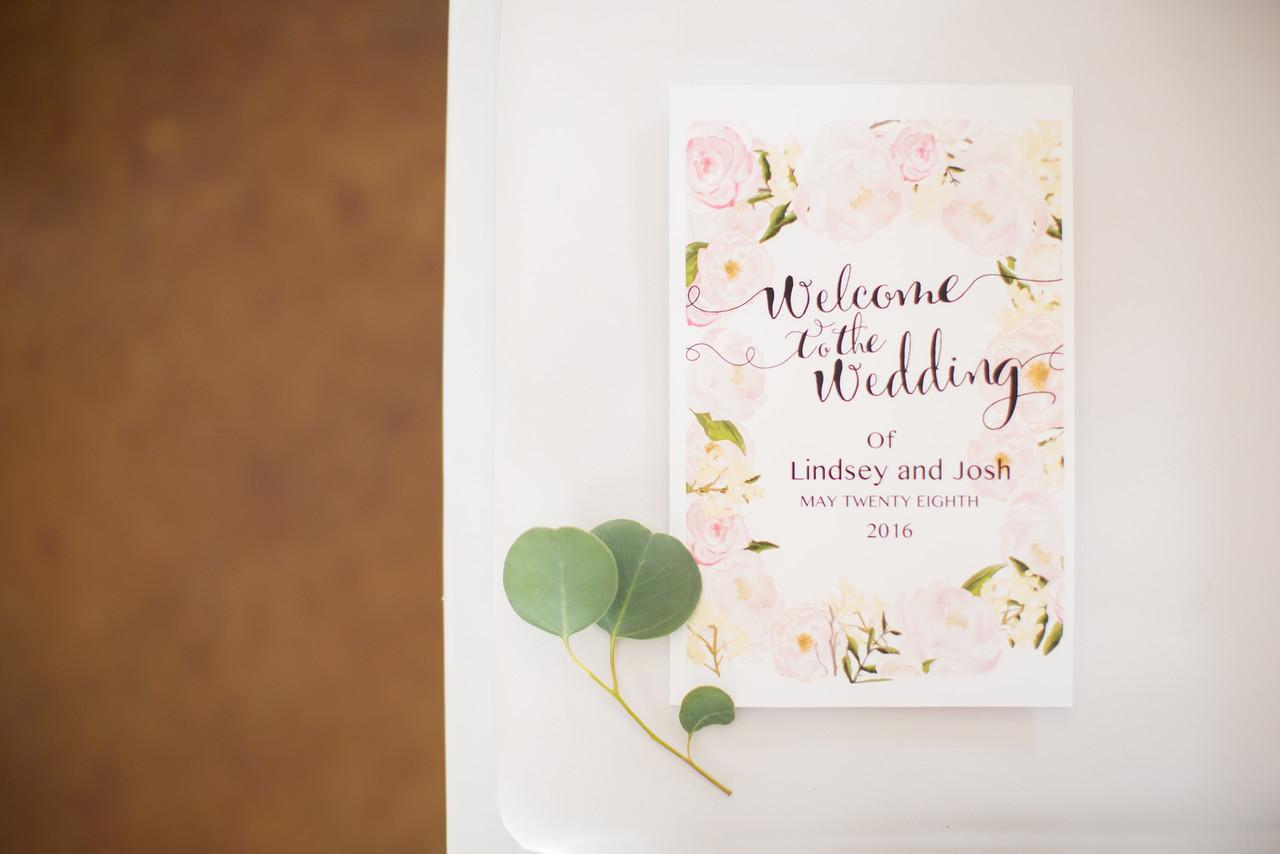 0566_Josh+Lindsey_Wedding-X2.jpg