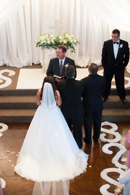 0655_Josh+Lindsey_Wedding-XL.jpg