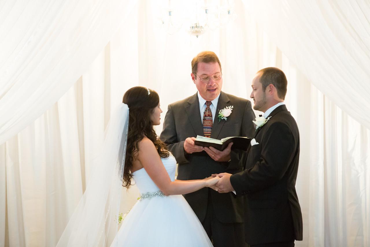 0662_Josh+Lindsey_Wedding-X2.jpg