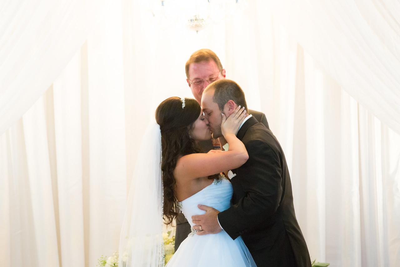 0713_Josh+Lindsey_Wedding-X2.jpg