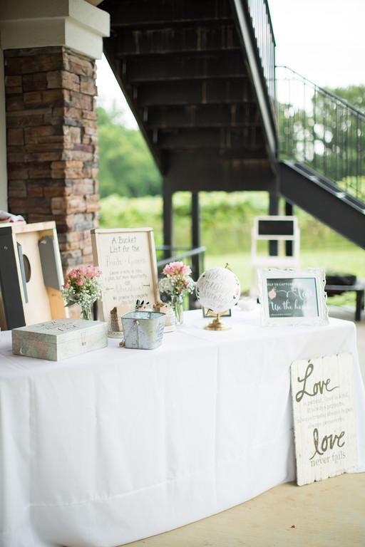 0748_Josh+Lindsey_Wedding-XL.jpg