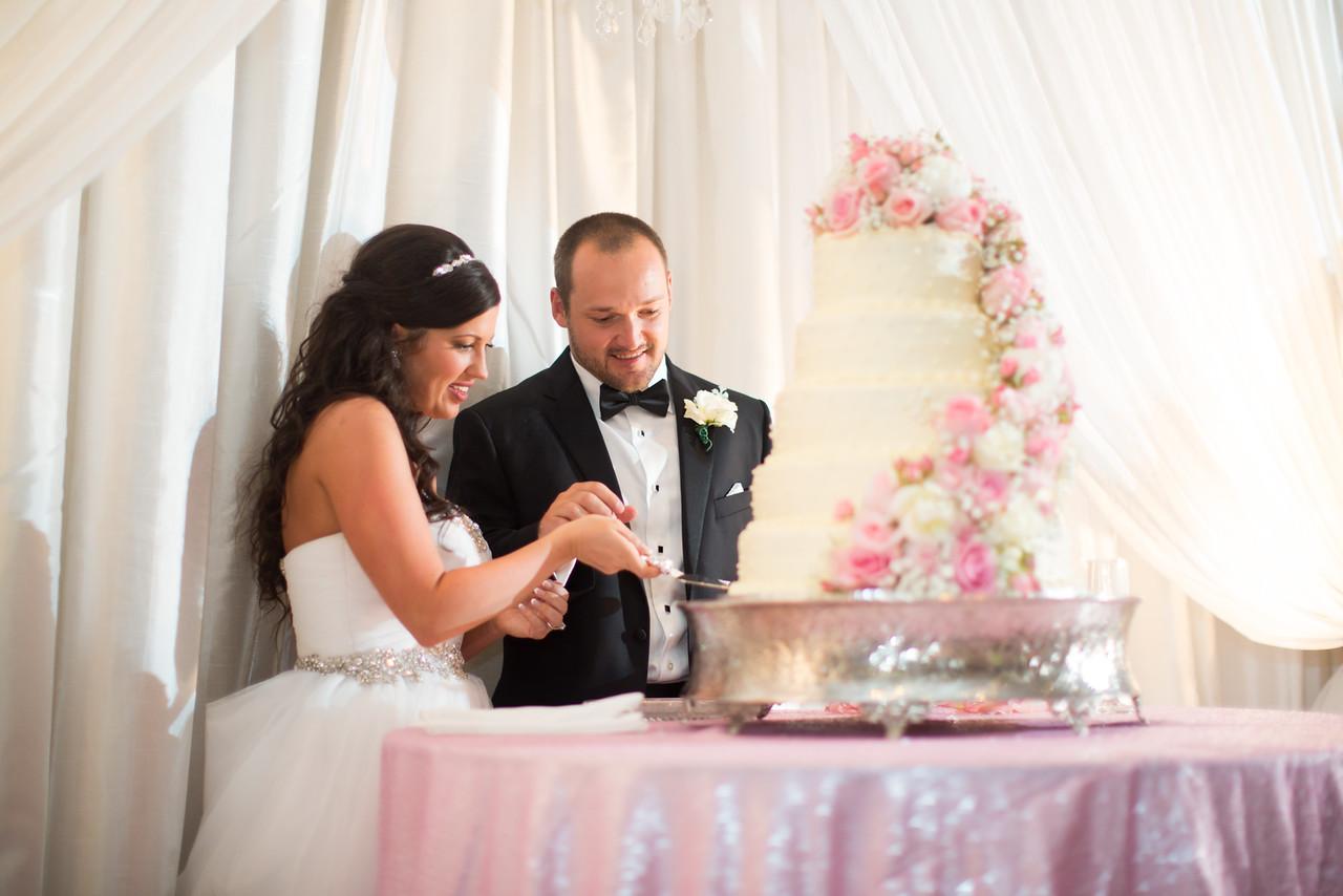 0921_Josh+Lindsey_Wedding-X2.jpg