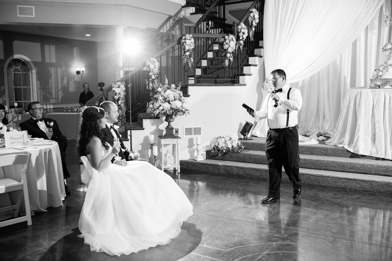 0948_Josh+Lindsey_WeddingBW-X2.jpg