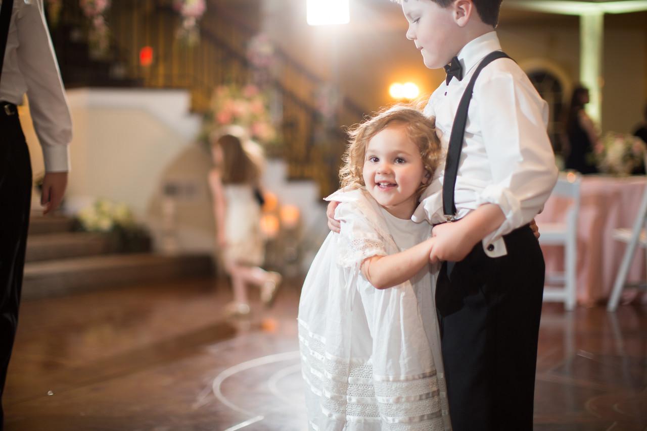 0989_Josh+Lindsey_Wedding-X2.jpg