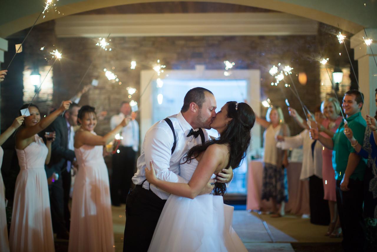 1197_Josh+Lindsey_Wedding-X2.jpg