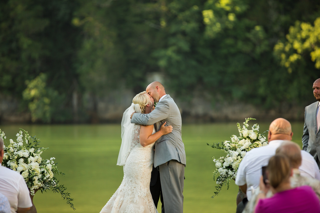 366_Kyle+Shauna_Wedding-X2.jpg