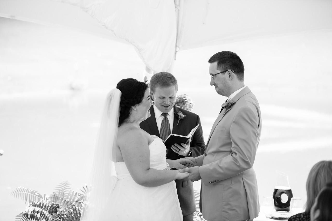 394_Chris+Hannah_WeddingBW-X2.jpg