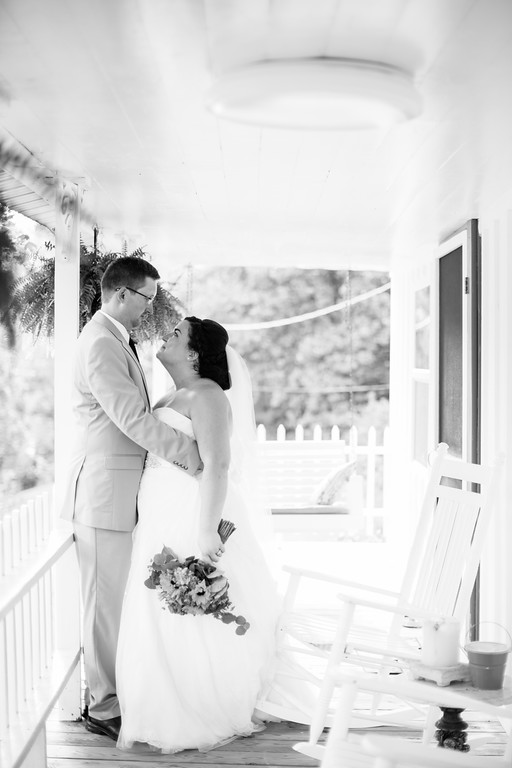 513_Chris+Hannah_WeddingBW-XL.jpg