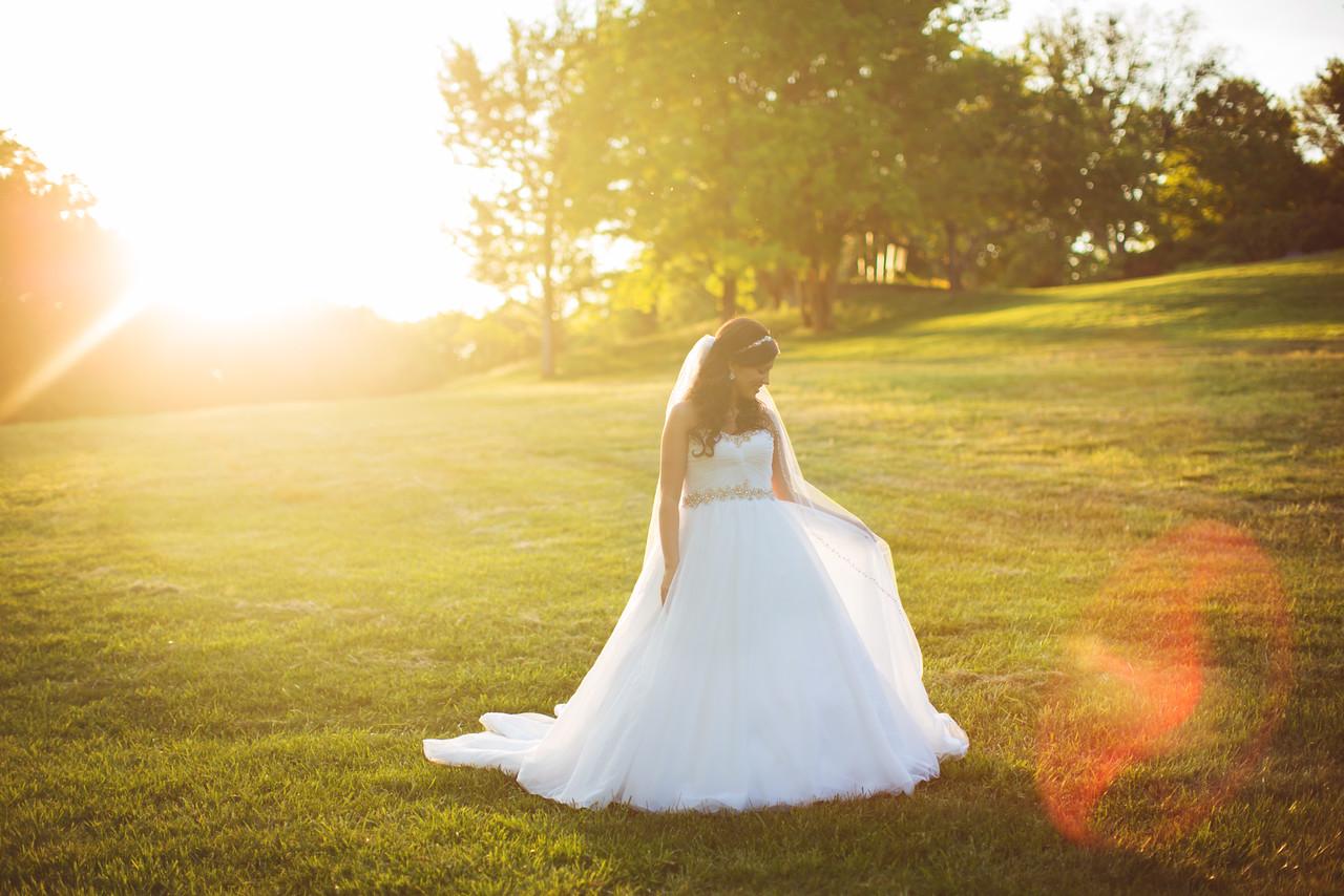 069_Lindsey_Bridals-X2.jpg