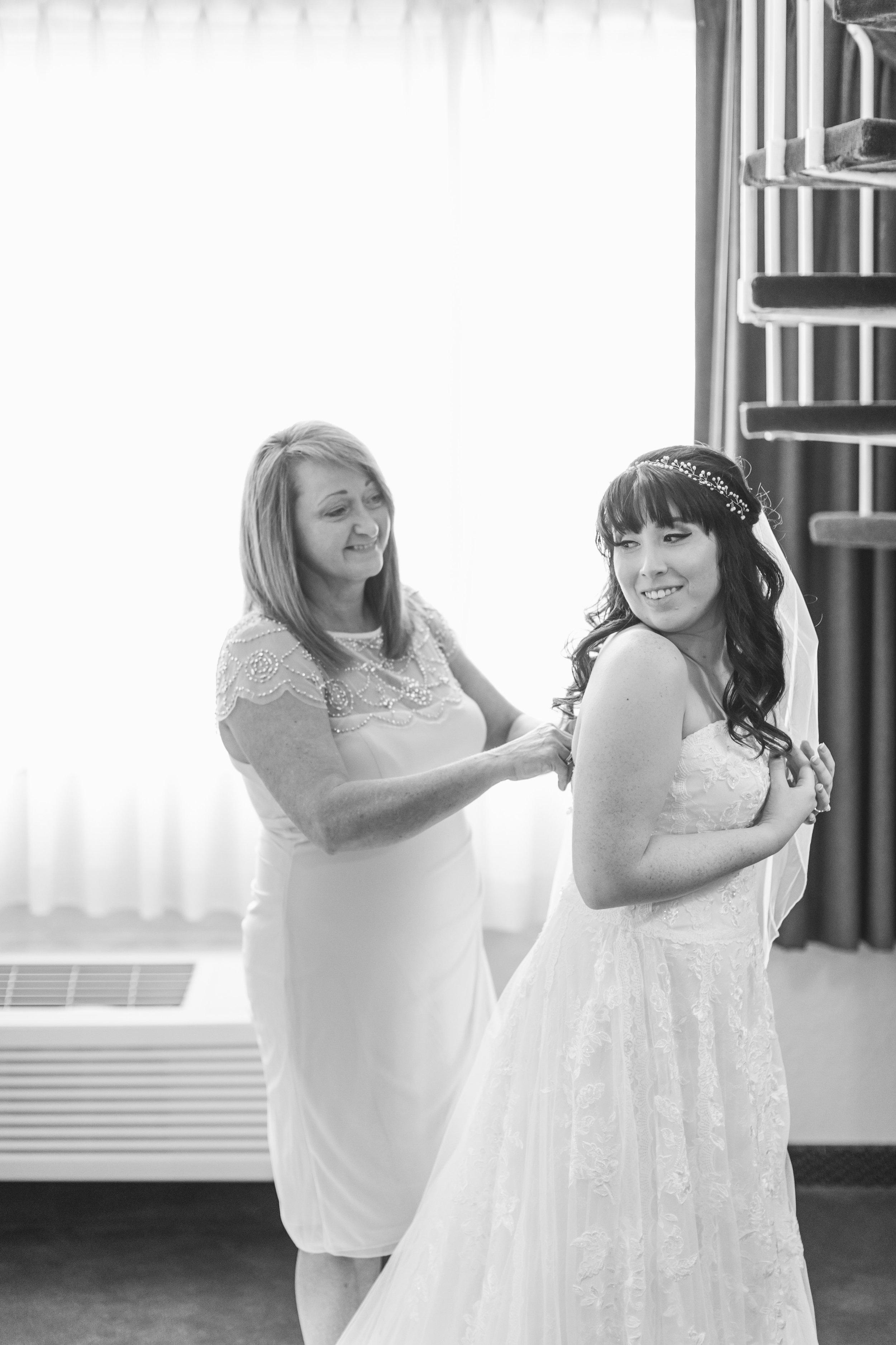 44_Colin+Jessica_WeddingBW.jpg