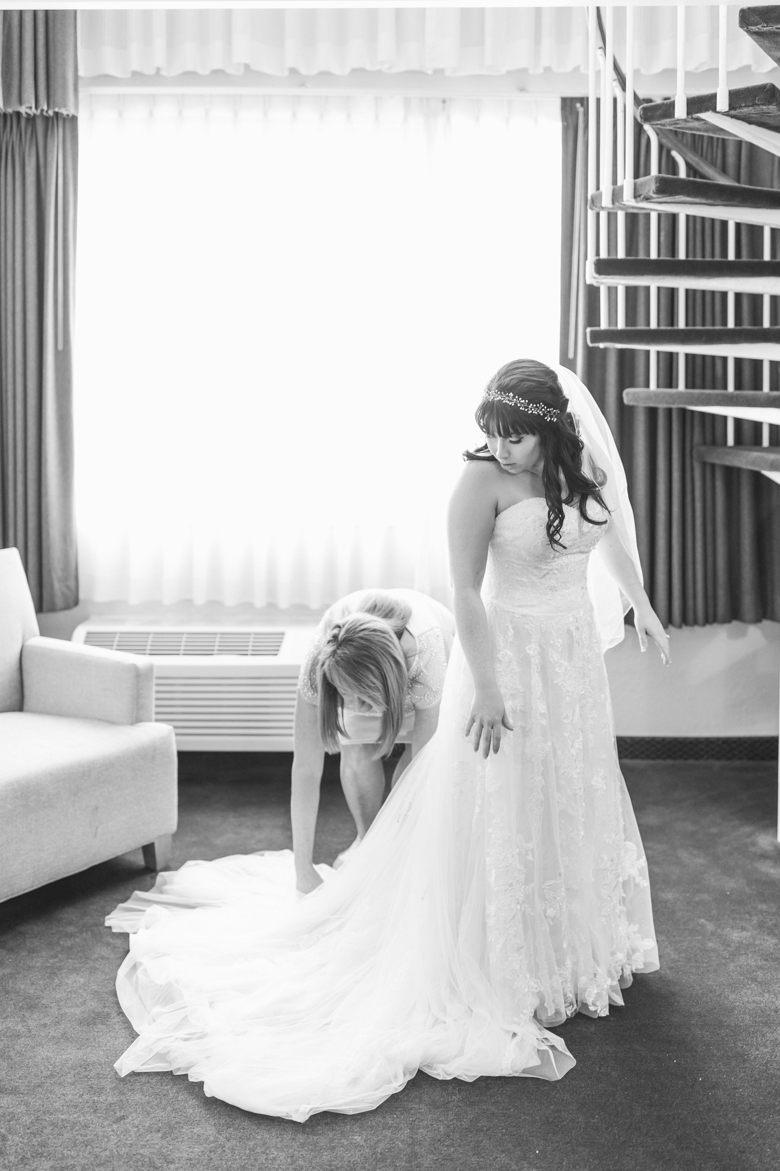 48_Colin+Jessica_WeddingBW.jpg