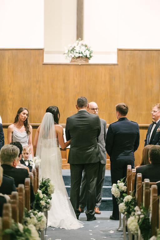 325_Anthony+Laura_Wedding-XL.jpg