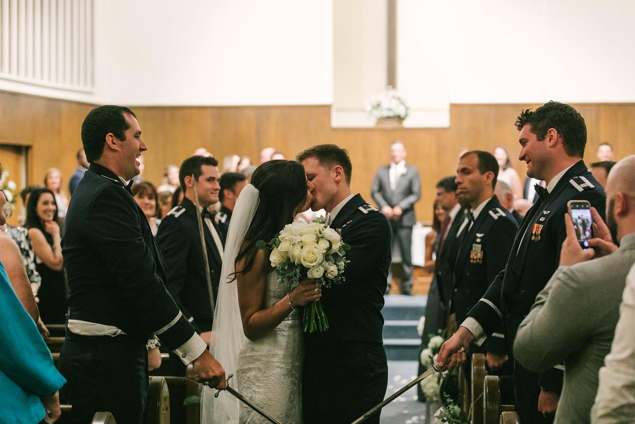412_Anthony+Laura_Wedding-X2.jpg