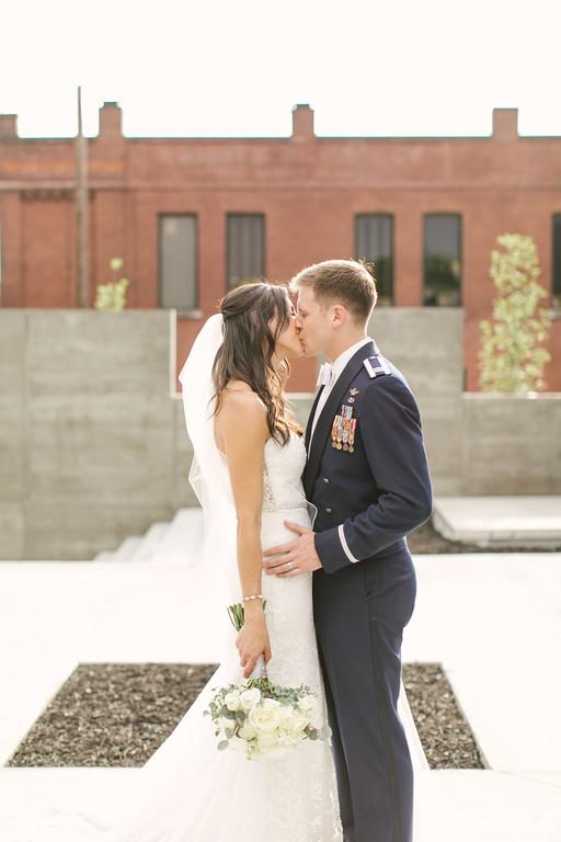 537_Anthony+Laura_Wedding-XL.jpg
