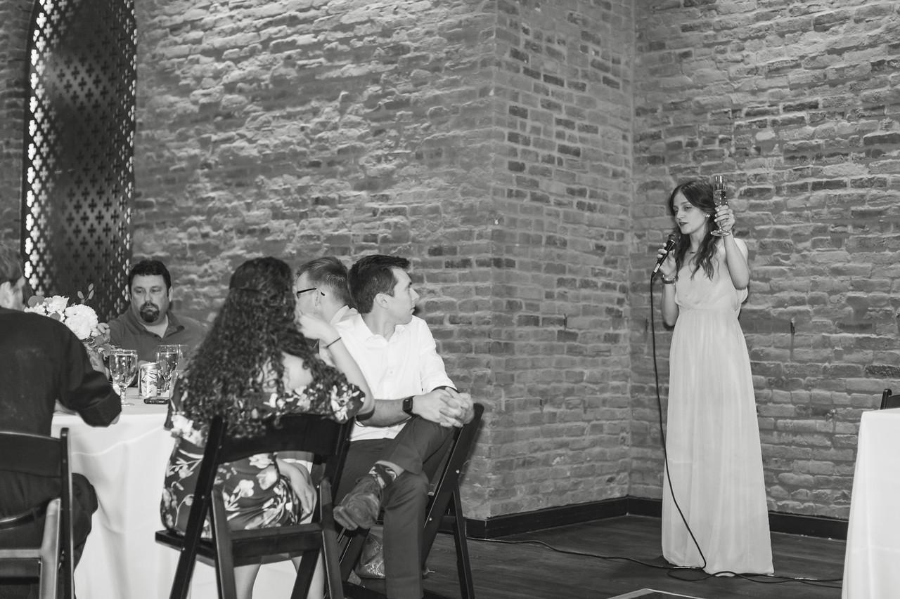786_Anthony+Laura_WeddingBW-X2.jpg