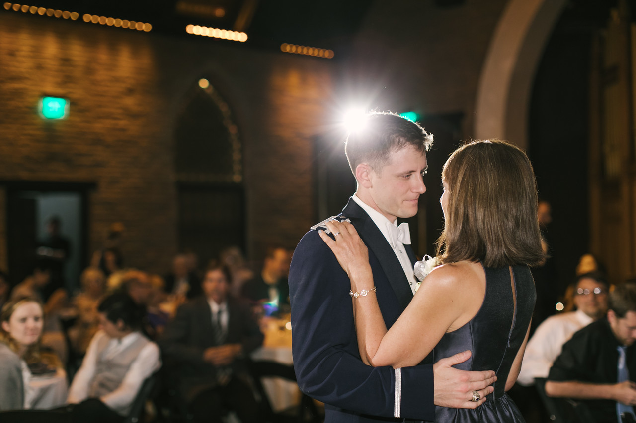 817_Anthony+Laura_Wedding-X2.jpg