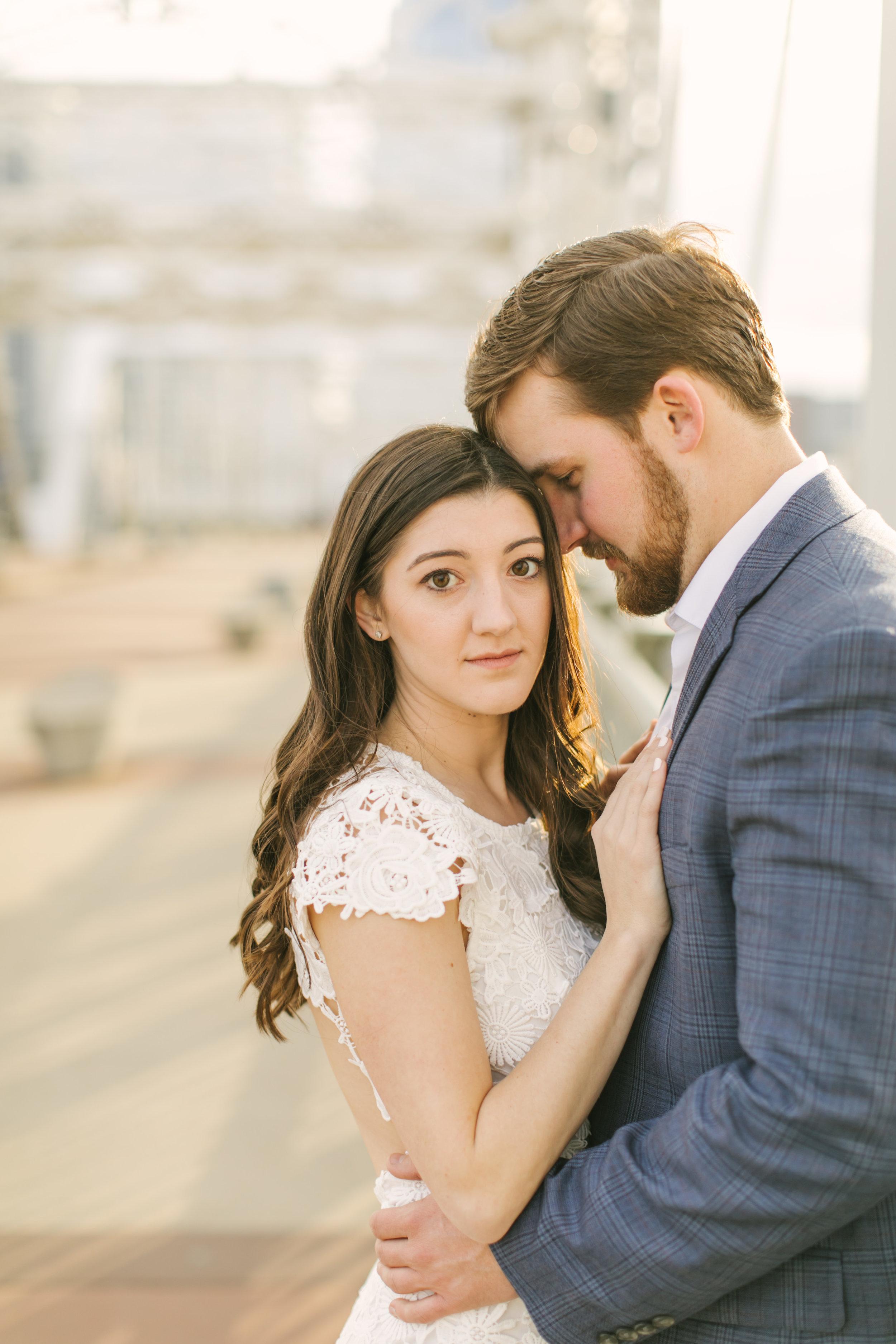 17_Brandon+Elizabeth_Engagement.jpg