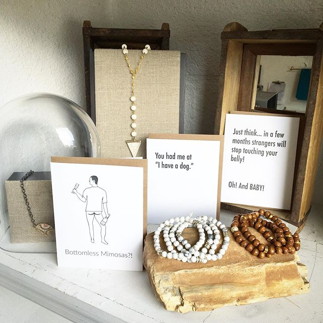 Happy Thursday! ✨ . . . . . #motekandmore #beadedjewelry #howlitebracelet #woodbracelet #clevercards #wittycards #bottomlessmimosas #lovedogs #pregnancycard #funnycards #shoplocal #southtampaboutique #shoptampa #tampa #bluemoontradingco