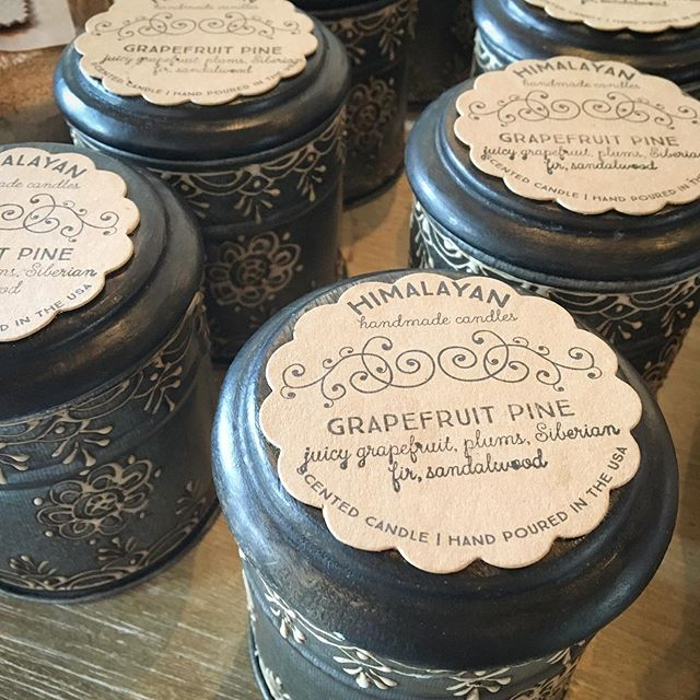 The smell of grapefruit pine has once again filled the shop. Come get yours before they're gone! . . . . . #grapefruitpine #scentedcandles #himalayancandles #soycandles #candles #cleanscent #bluemoontradingco #homedecorboutique #shoplocal #shoptampa #southtampaboutique