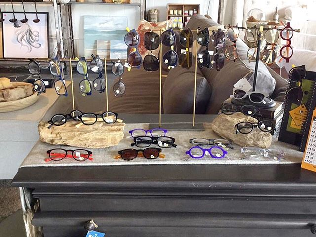 All in stock Eyebobs 50% off... . . . . . #eyebobseyewear #sale #50%off #sunglasses #readers #sunreaders #bluelight #shoplocal #shoptampa #southtampaboutique #bluemoontradingco