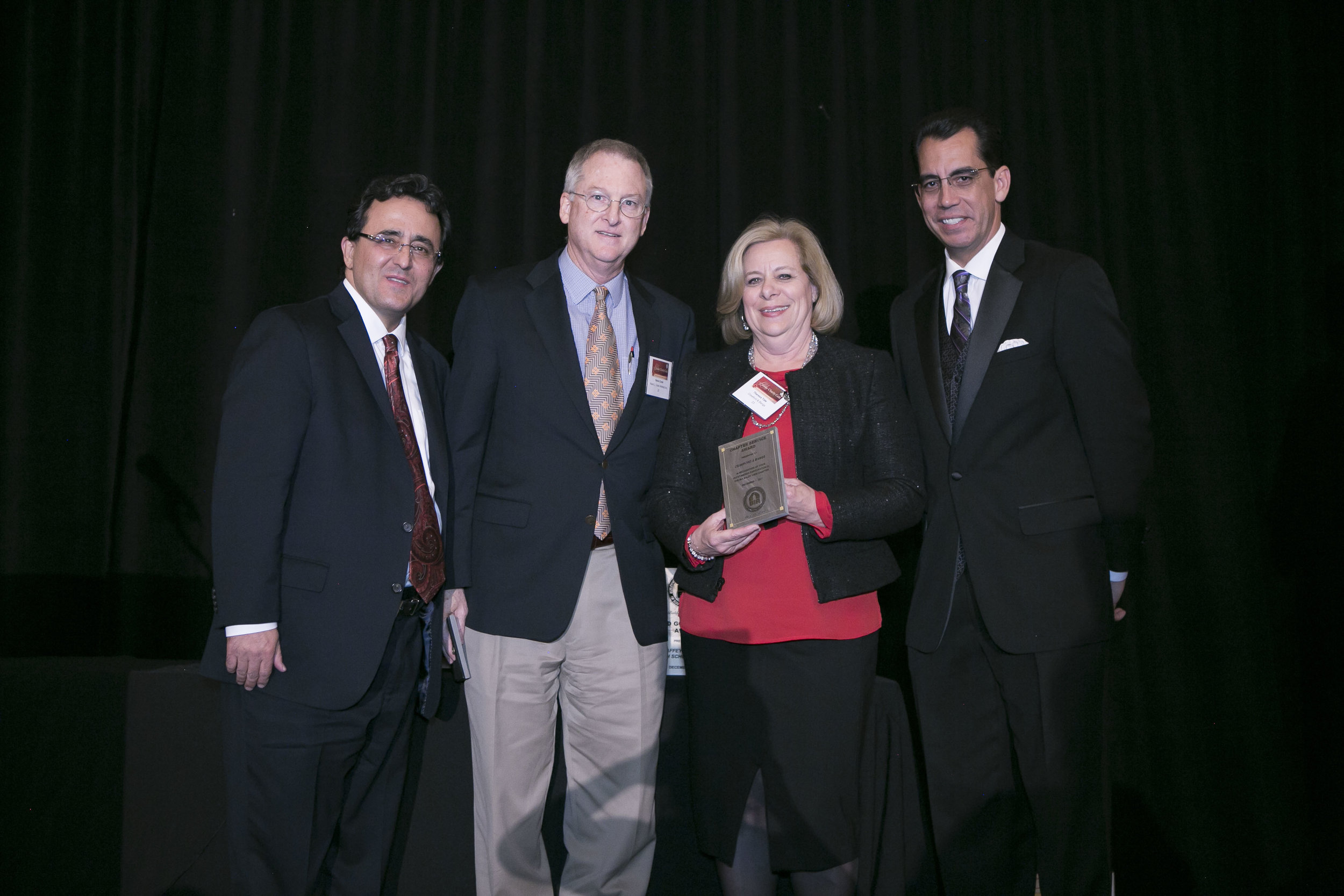 <b>CHAPTER SERVICE AWARD</b><br>Crawford and Bangs & Kevin Crook Architecture