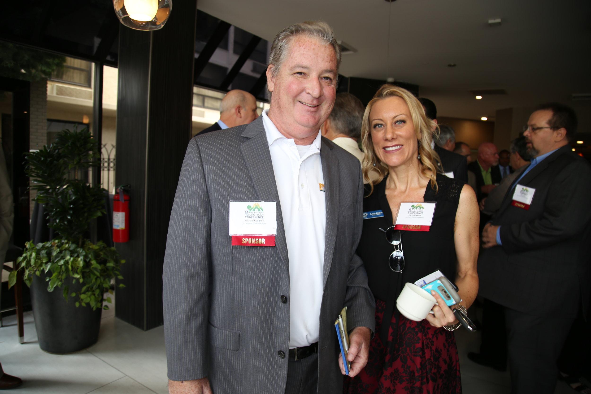 BIABV Board of Directors member Karen Klepack and colleague represent Southern California Edison at our VIP Reception