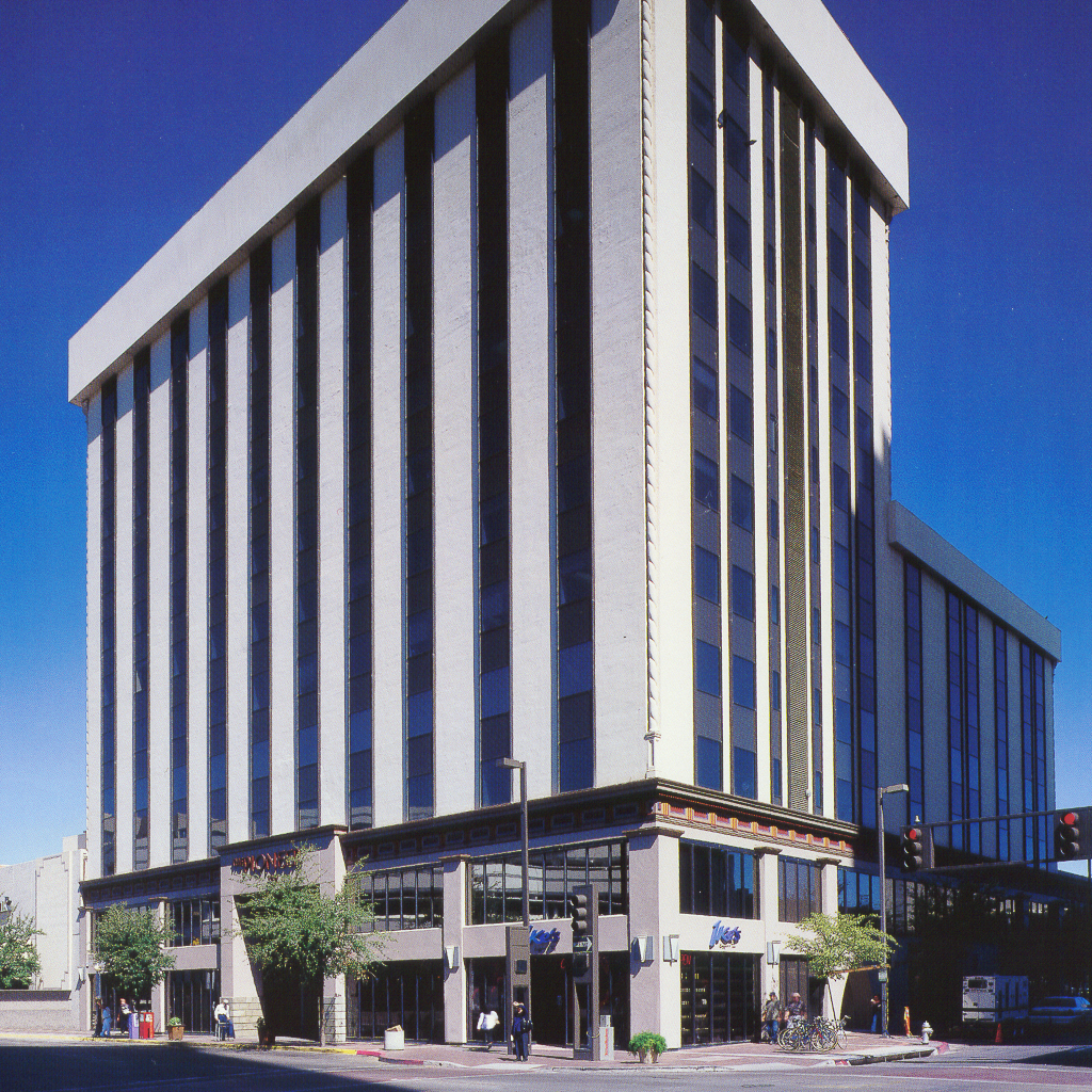 COMMERCIAL REAL ESTATE  100 N. Stone